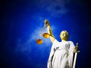 justice-2071539__340